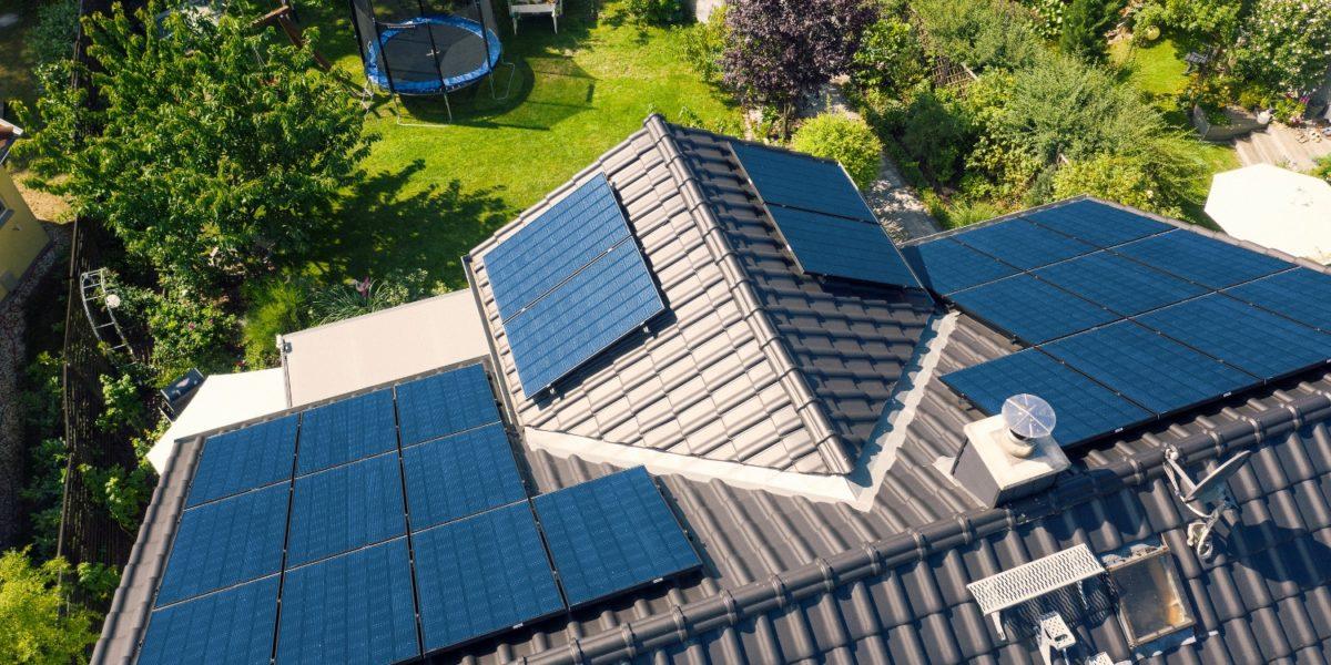 storage batteries for solar panels