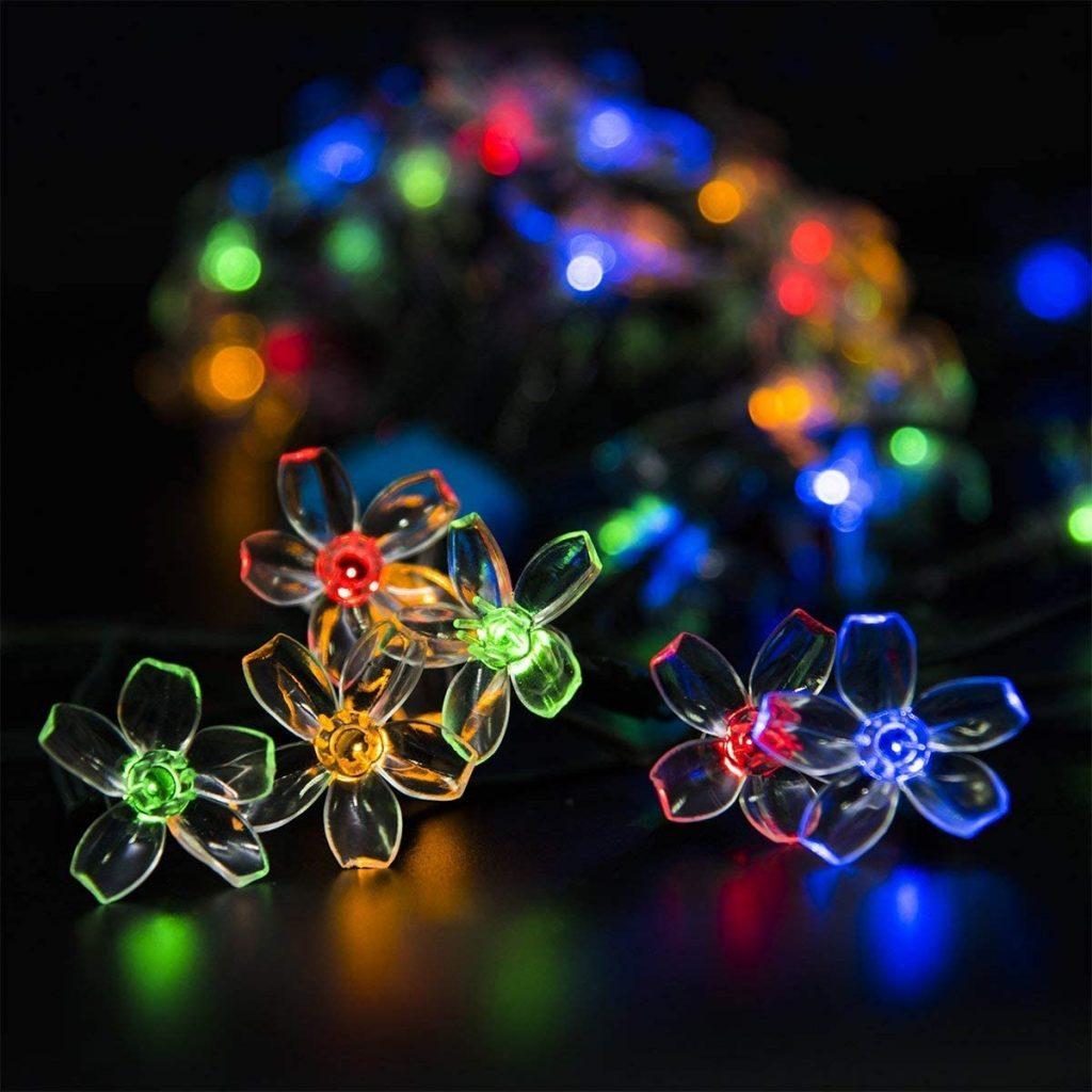 GIGALUMI Solar String Lights In Action