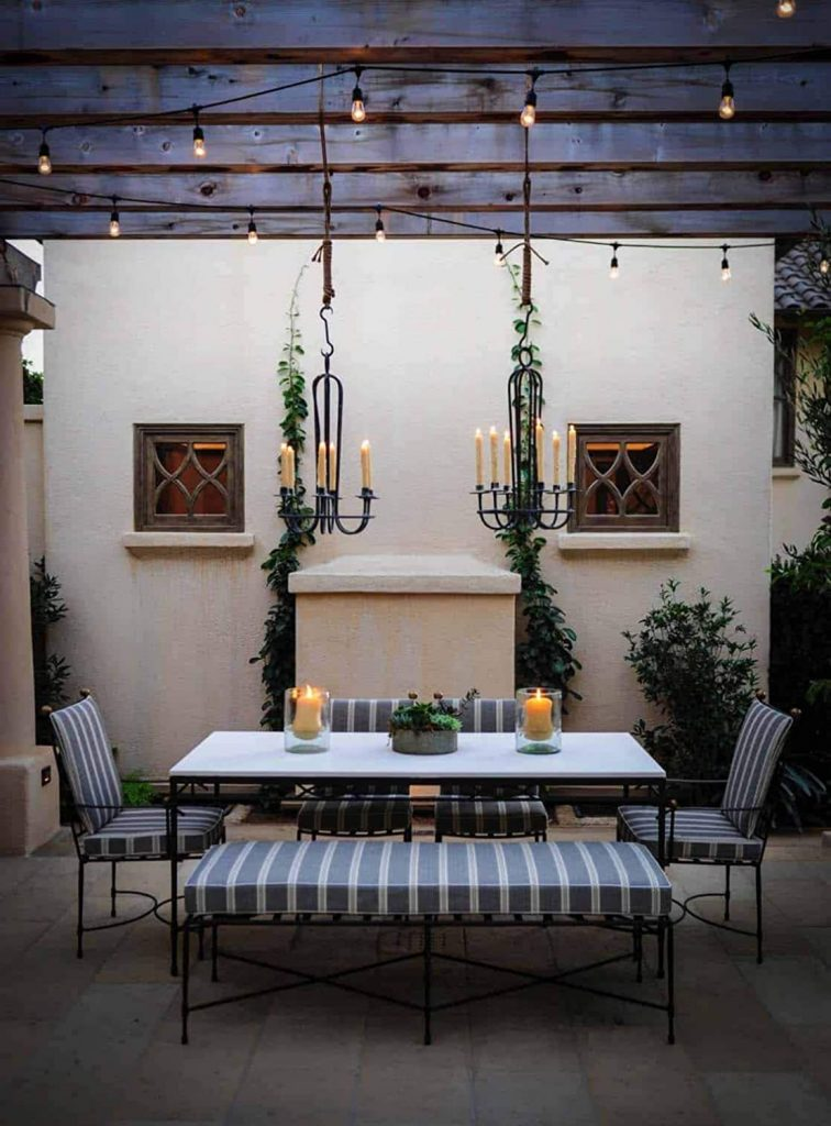 MagicPro solar string lights setting the mood for a romantic, outdoor dinner